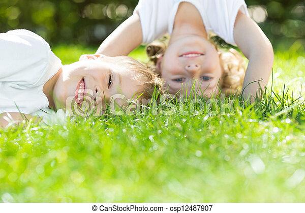 feliz, juego, niños - csp12487907