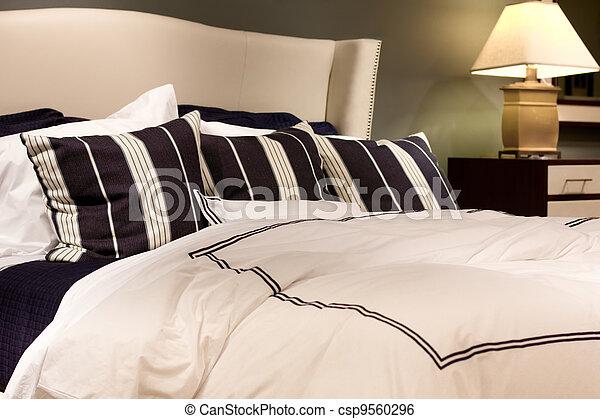 Más cama - csp9560296
