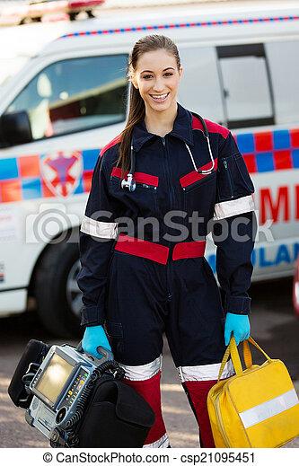 how to become a paramedic australia