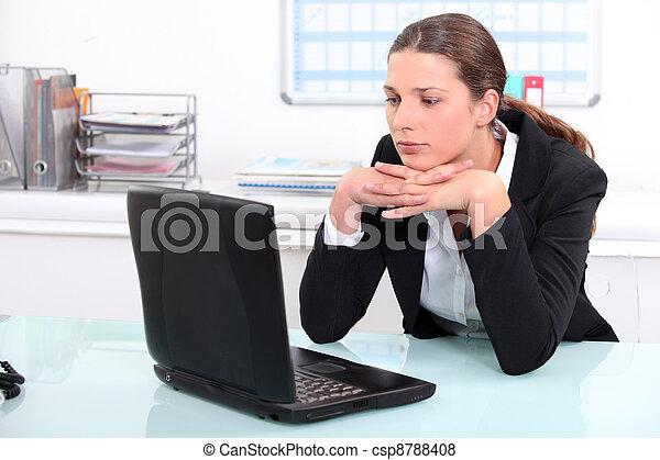 femme affaires, travail, brunette, percé - csp8788408