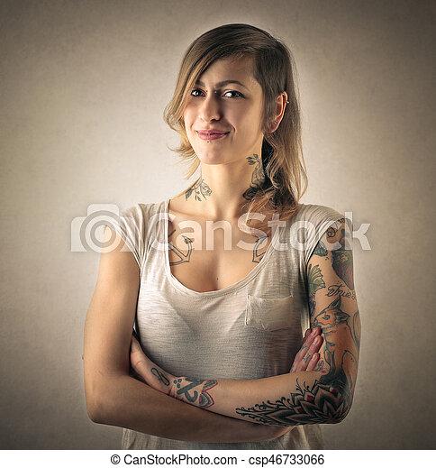 femme, armes traversés - csp46733066