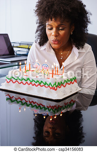 femme, bureau, business, bougies, célébrer, anniversaire, souffler, fête - csp34156083