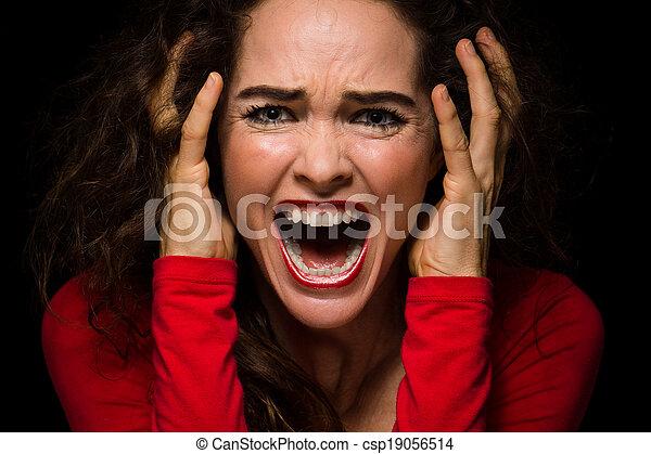 femme, crier, désespéré, fâché - csp19056514
