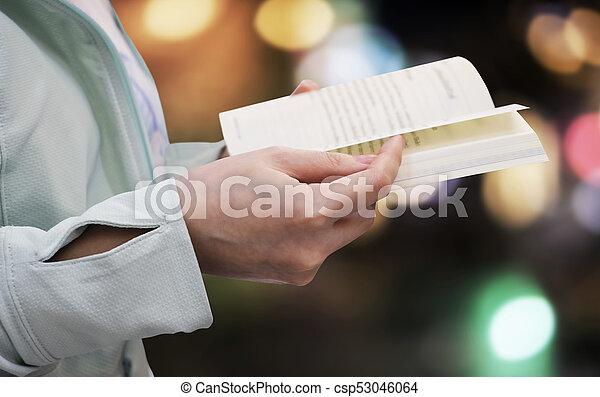 femme, lumière, jeune, bokeh, livre, fond, lecture - csp53046064