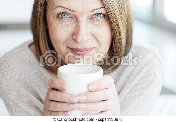 femme, mûrir - csp14138973