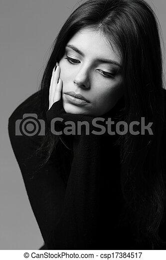 femme, nerveux, noir, portrait, closeup, blanc - csp17384517