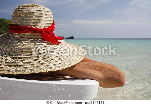 femme, plage - csp1148141