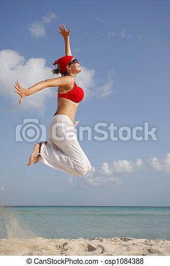femme, plage, sauter - csp1084388
