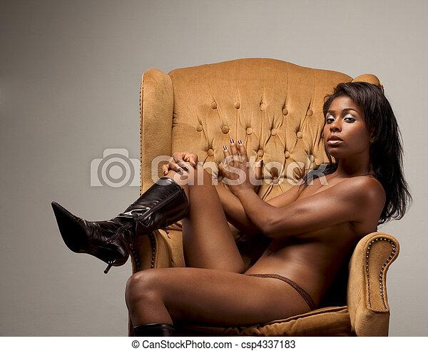 chaud les femmes du costa rica posant topless