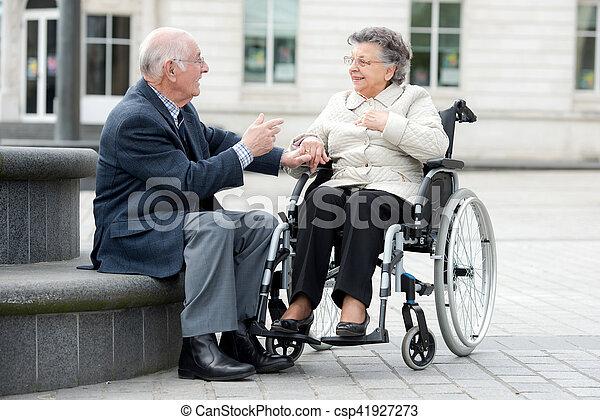 femme datant vieil homme radiocarbone datation BBC Bitesize