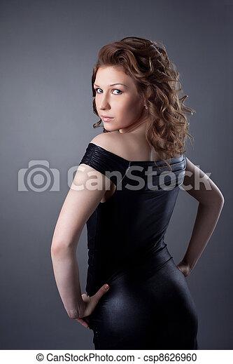 femme, yong, cuir, tissu, mode, poser - csp8626960