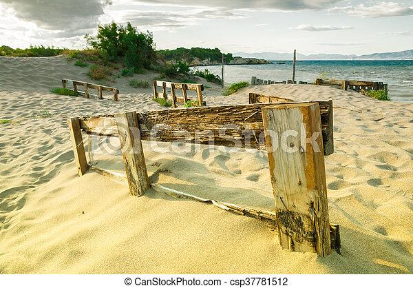 fence - csp37781512