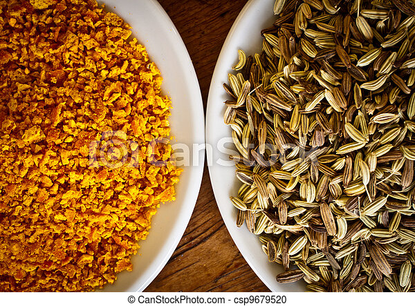 Fennel seeds and dry orange rind - csp9679520