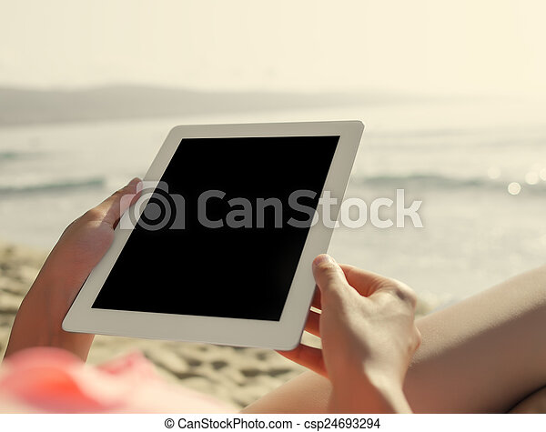 feriados, férias verão, tecnologia, internet. - csp24693294