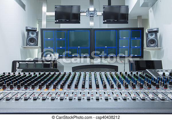 fernsehapparat studio - csp40438212