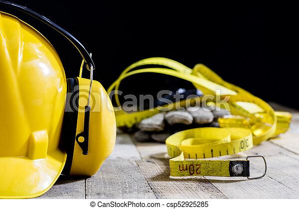 ferramentas, tools., proteção, ouvindo, equipamento, oficina, segurança, tabela., capacete - csp52925285