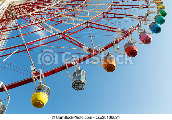 Ferris wheel from low angle - csp38106824