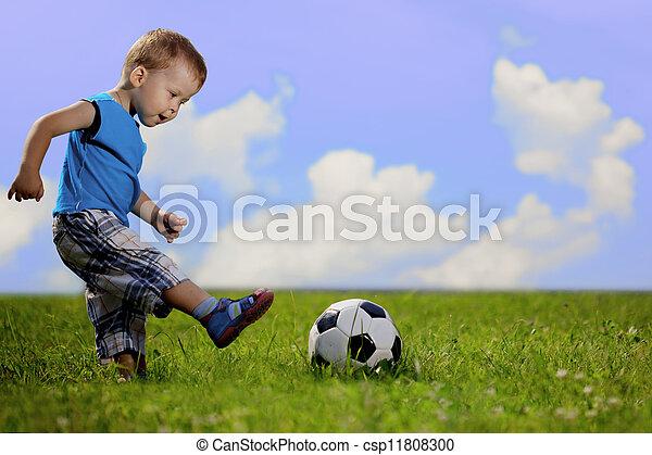 fiú, park., labda, játék, anya - csp11808300