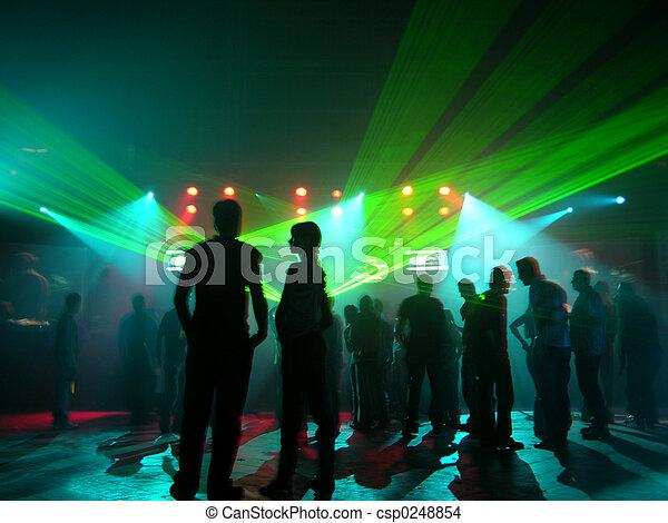 Gente de fiesta - csp0248854
