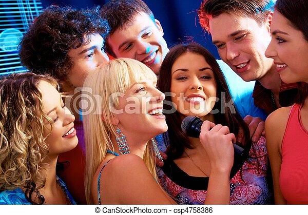 Fiesta de Karaoke - csp4758386