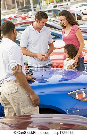 figlia, shopping, automobile, padre, giovane, madre, nuovo - csp1726075