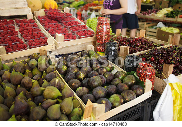Figs on the market - csp14710480