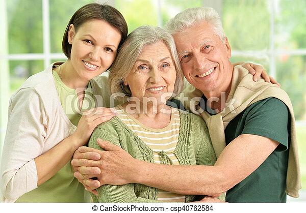 fille, personne agee, parents, heureux - csp40762584