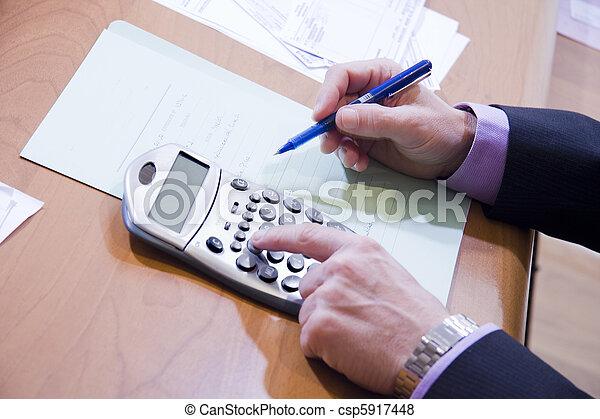 Finanzas - csp5917448