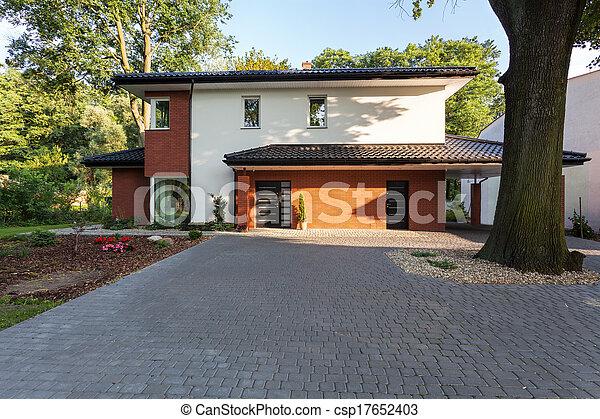 fiscale woonplaats, baksteen - csp17652403