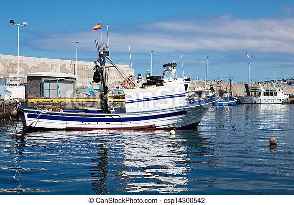 Fishboat on harbor - csp14300542