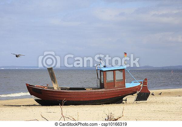 Fishing boat - csp10166319