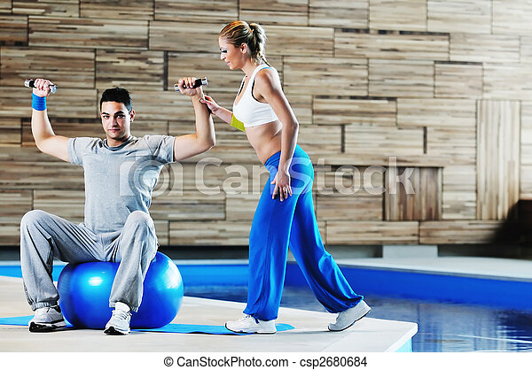 fitness personal trainer  - csp2680684