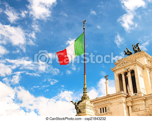 Flag at the monument to Victor Emmanuel II. Piazza Venezia, Rom - csp21843232