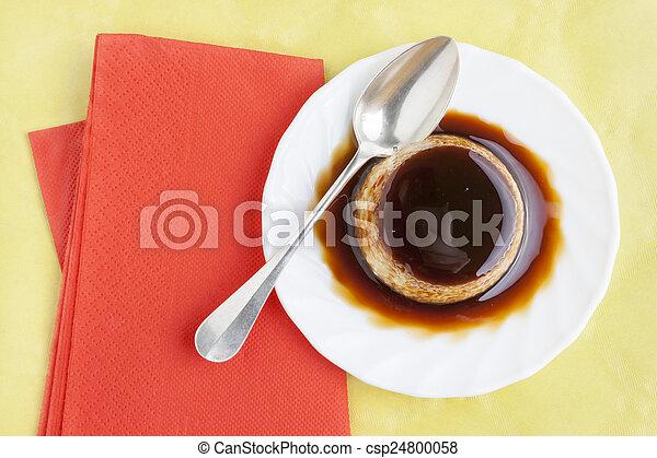 Flan dessert - csp24800058