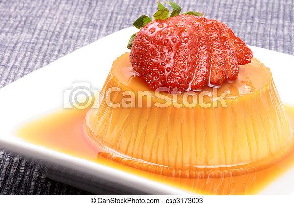 flan dessert  - csp3173003