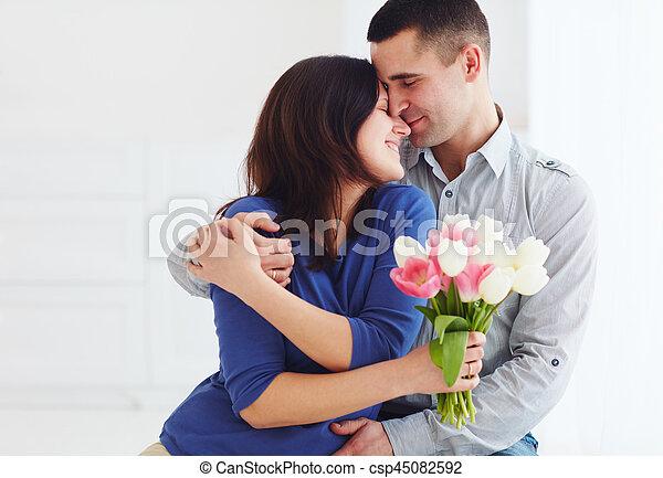 fleur, épouse, bouquet, printemps, couple, portrait, mari, heureux - csp45082592