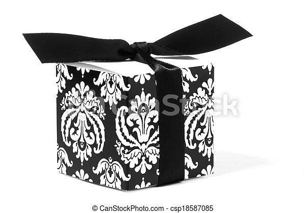 Fleur-de-lis Designed Gift Box - csp18587085