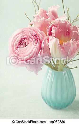 fleurs roses - csp9508361