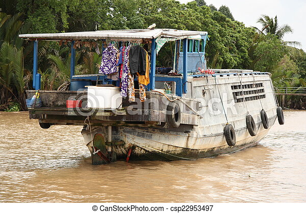 Floating house in Mekong Delta - csp22953497