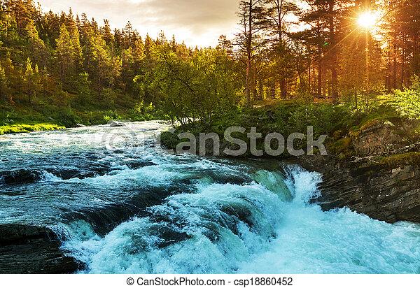flod, norge - csp18860452