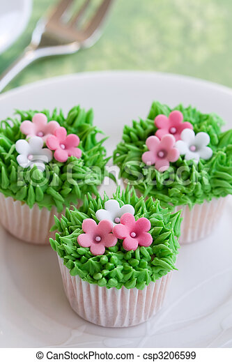 Flower Garden Cakes Mini Cupcakes Decorated With Frosted Grass And