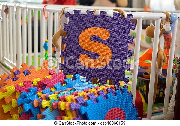 Foam alphabet puzzle pieces, S - csp46066153