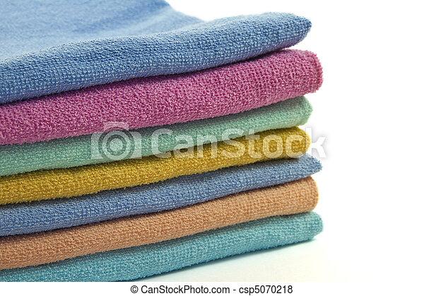 Folded towels - csp5070218
