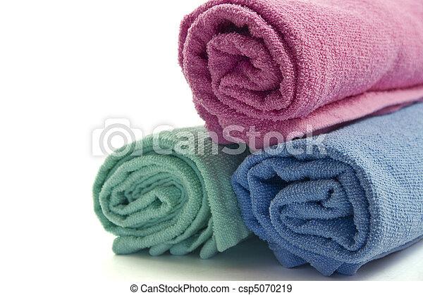 Folded towels - csp5070219