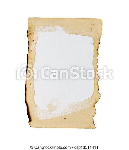 Un viejo papel aislado en un fondo blanco. - csp13511411
