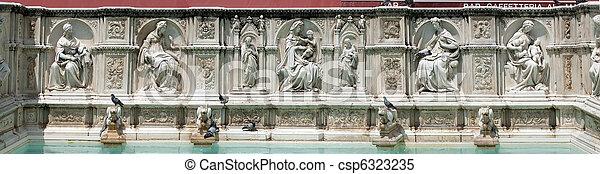 Fonte Gaia in Siena - csp6323235