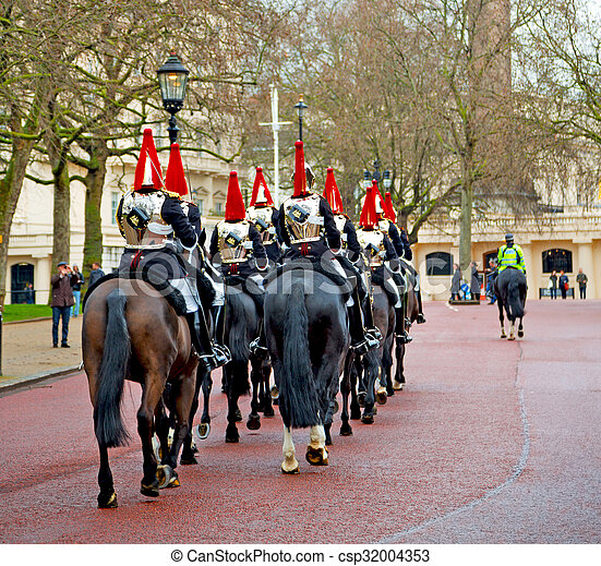 for the queen in london england horse and cavalry - csp32004353