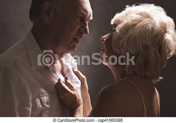 les adolescents timides ont des rapports sexuels