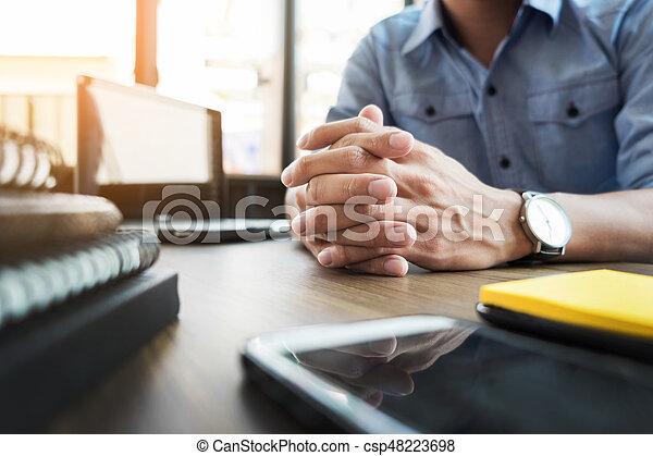 formalnie, biuro, handlowy zaludniają, ubrany, praca, planowanie - csp48223698
