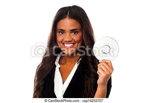formals, mulher, atraente, segurando, cd - csp14233707